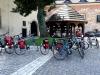 Pronti per il nostro giro, pedaliamo lungo la Vistola e ci fermiamo a Tyniec al Monastero dei Benedettini