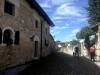 Strassoldo - frazione del comune di Cervignano del Friuli, provincia di Udine. Costituisce un suggestivo esempio di antico borgo medievale, estremamente ben conservato, e di raro fascino. Culla dell'omonima famiglia nobile germanica, ha dato all'Impero degli Asburgo d'Austria una lunga serie di importanti funzionari e generali.