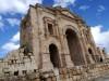 """La definiscono """"la Pompei del Medio Oriente"""". Jerash, l'antica Gerasa di epoca romana, è uno dei siti archeologici meglio conservati al mondo."""